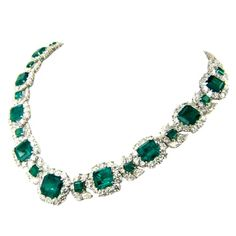 Magnificent Columbian Emerald  Diamond Platinum Necklace. The Necklace is 45 cts Emerald and 55 cts Diamond approximately G/H Color, VS clarity. USA. Estate