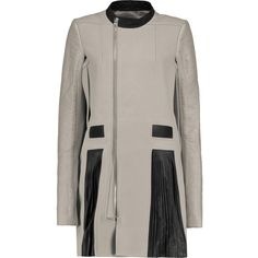 Rick Owens Leather-paneled felted wool coat (15.330.800 IDR) ❤ liked on Polyvore featuring outerwear, coats, grey, felted wool coat, pleated coat, gray coat, grey leather coat and rick owens