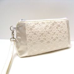 Fabulous in Lace... Bridal Bridesmaid Clutch Rectangular Wristlet Purse by LMcreation