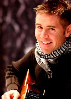 Neil Byrne of Celtic Thunder