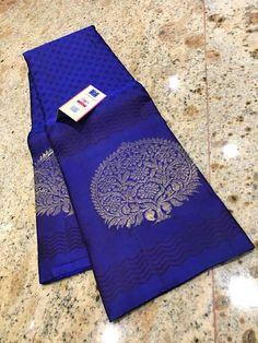 Discover thousands of images about Such beautiful saree Silk Saree Kanchipuram, Kanjivaram Sarees, Organza Saree, Kurti, Indian Silk Sarees, Soft Silk Sarees, Half Saree Designs, Saree Blouse Designs, Wedding Saree Collection