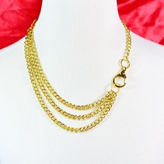 Multistrand Gold Chain Necklace With Oversized Clasp