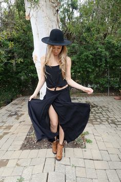 Wrap Skirt In Black - 0/1 / Black