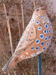 dicker gepunkteter VOGEL de Werkstatt für Gartenkeramik  Brigitte Peglow sur DaWanda.com