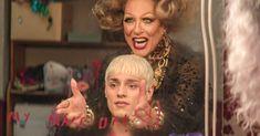 Trailer de Jamie, l'adaptation de la comédie musicale à succès L'histoire vraie d'un gamin de 16 ans qui souhaite devenir une drag queen Everybody's Talking About Jamie, Sarah Lancashire, Tracy Morgan, Tv Gossip, Billy Elliot, Young Lad, Danny Devito, Best Mate, True Stories