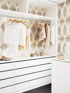 Your dream walk-in closet is only 11 hacks away. Here's how to transform a spare room into a tidy dressing space. Diy Walk In Closet, Closet Walk-in, Walking Closet, Closet Bedroom, Master Closet, Closet Storage, Closet Organization, Closet Ideas, White Closet