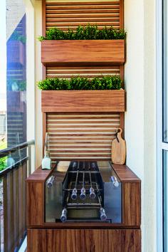 Creative Fresh Garden Decor Ideas for Small Balcony on Budget Make Minimalist Home Looks Beautiful - home decor update Apartment Balcony Decorating, Apartment Balconies, Apartment Interior, Small Balcony Decor, Balcony Design, Diy Wall Planter, Diy Home Decor, Room Decor, Home Look