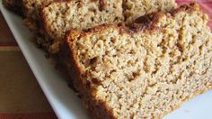Brown Sugar Banana Bread Brown sugar and cinnamon add depth to this moist, sweet bread. The perfect present for friends and loved ones! Brown Sugar Banana Bread, Best Banana Bread, Banana Bread Recipes, Banana Nut, Pumpkin Recipes, Paleo, Beer Bread, Baking Tips, Baking Recipes