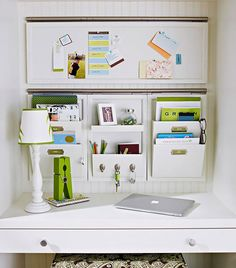 Tips for Organizing That Help Keep the Clutter Away: http://decoratingfiles.com/2012/08/tips-for-organizing-keep-clutter-away/