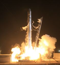 After Delay, SpaceX Rocket Launches Successfully
