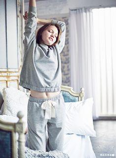 GU(ジーユー) LOUNGEWEAR Sport Outfits, Cool Outfits, Fashion Models, Girl Fashion, Night Suit, Pajamas Women, Nightwear, Her Style, Lounge Wear