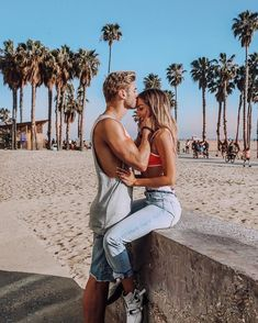 Enhance Intimacy - Learning To Set Boundaries - Travel Couple Cute Couples Photos, Cute Couple Pictures, Cute Couples Goals, Romantic Couples, Couple Ideas, Couple Stuff, Romantic Gifts, Couple Gifts, Relationship Goals Pictures