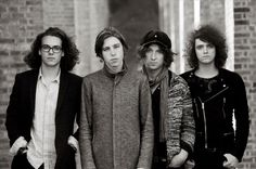 NEWS: The alternative band, Catfish and the Bottlemen, have announced a North American tour, for September and October. Select dates of the tour will be supporting Mumford & Sons.  Details at http://digtb.us/29874s3