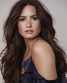 Demi Lovato encourages fans to practice 'self love' – Beauty Demi Lovato Fotos, Pelo Demi Lovato, Demi Lovato Makeup, Demi Lovato 2017, Demi Lovato Style, Pretty People, Beautiful People, You're Beautiful, Beautiful Latina