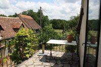Mas du Midi - omgeving Toulouse, mooie camping met ruime plaatsen op loopafstand dorpje.