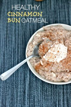 Cinnamon Bun Oatmeal- sugar free, high in protein and gluten free- This breakfast bowl tastes EXACTLY like a cinnamon bun- minus the sugar rush and crash! #glutenfree #highprotein #sugarfree