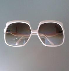 626efd902a8 Original Vintage 70 s white oversized sunglasses - Solban. White Frame  GlassesVintage ...