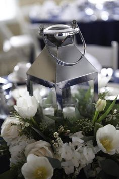 Best simple winter wedding ideas for this year 27 - VIs-Wed Winter Wedding Receptions, Winter Wedding Centerpieces, Wedding Reception Flowers, Centerpiece Decorations, Wedding Reception Decorations, Wedding Ideas, Wedding Tables, Table Centerpieces, Wedding Bouquet
