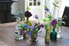 atelier diary  by Shibusawa Eikoの画像 Flower Arrangements, Glass Vase, Purple, Flowers, Blog, Home Decor, Atelier, Floral Arrangements, Decoration Home