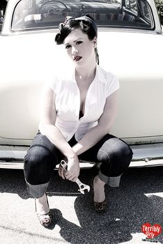 i love the pinup style
