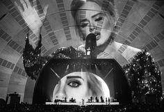 Abstract: The Art of Design - cenografia de Es Devlin. Show da Adele.