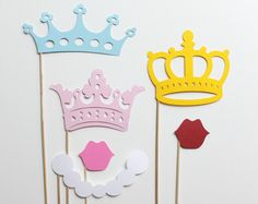 Prinzessinen Krone Foto Props *** Princess and Crowns Photo Booth Props Wedding and Birthday Photobooth Party Props
