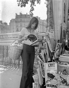 Jane Birkin | vintage style icon; I like the high waisted pant, loose blouse and cute haircut...very chic tourist!