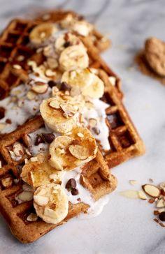 Maca Almond Banana Chocolate Chip Waffles // Grain & Dairy Free via Nutritionist. , Maca Almond Banana Chocolate Chip Waffles // Grain & Dairy Free via Nutritionist. Superfood, Powder Recipe, Waffle Recipes, Freezer Recipes, Freezer Cooking, Cooking Tips, Donuts, Dairy Free, Breakfast Recipes