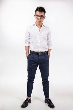 •glasses: H&M •shirt: 7Camicie •pants: Sisley •belt: Calvin Klein •elegant shoes: Tod's