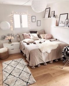 Cute Girls Bedroom Ideas For Small Rooms Cute Bedroom Ideas, Cute Room Decor, Girl Bedroom Designs, Room Ideas Bedroom, Small Room Bedroom, Home Bedroom, Bedroom Ideas For Small Rooms, Adult Bedroom Decor, Bedroom Interiors