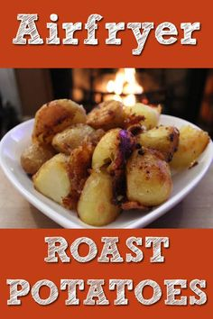 Airfryer Roast Potatoes Recipe and Tips! Get the most from your airfryer with this great (and easy) airfryer roast potato recipe. Healthy and low calorie. Roasted Potato Recipes, Roasted Potatoes, Laura Lee, Beef Dripping, Yorkshire Pudding Recipes, Oven Vegetables, Cooking Whole Chicken, Sunday Roast, Vegetarische Rezepte