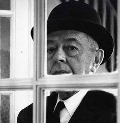1967, René Magritte par Daniel FRASNAY