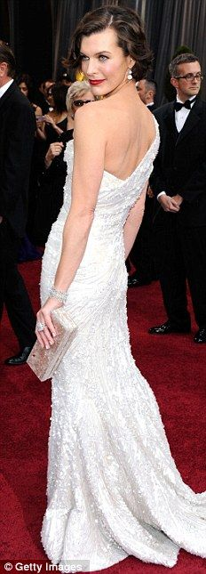 Actress Milla Jovovich arrives at the 84th Annual Academy Awards #milla #jovovich #fashion #red #carpet