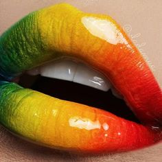 A glossy version of the previous look using Radioactive Stack matte eyeshadows and Wet'n'Wild clear lipgloss by vladamua Lipstick Colors, Lip Colors, Love Makeup, Beauty Makeup, Makeup Lips, Red Ombre Lips, Crazy Lipstick, Suva Beauty, Rasta Colors
