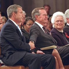 We're glad to hear the encouraging news about the health of George HW Bush and Barbara Bush. (not my pin … and it hurts to know both GHW and Mrs. Bush are both gone now. Presidents Wives, American Presidents, American History, Laura Bush, Barbara Bush, George Bush Family, Presidential History, Presidential Portraits, Hw Bush