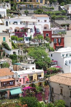 explore. dream. discover.: {A Relaxing Day in Positano}