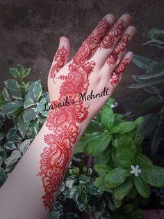 Laraib's mehndi design Round Mehndi Design, Full Mehndi Designs, Henna Tattoo Designs Arm, Indian Mehndi Designs, Mehndi Designs For Beginners, Mehndi Design Pictures, Simple Mehndi Designs, Mehndi Designs For Hands, Bridal Mehndi Designs