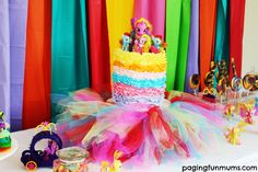 How to host a My Little Pony Party My Lil Pony, My Little Pony Party, Diy Gifts For Kids, Diy For Kids, Little Poni, Party Entertainment, Birthday Parties, Kid Parties, 4th Birthday
