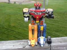 "1994 POWER RANGERS REMOTE CONTROLLED MEGAZORD MARCHON 15"" missing wepons #Bandai"