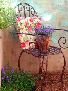 wrought iron chair Wrought Iron Decor, Wrought Iron Patio Chairs, Iron Patio Furniture, Small Outdoor Patios, Chair Planter, Iron Steel, Iron Table, Vintage Iron, Garden Chairs