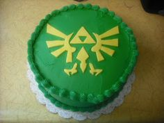 Pretty simple Legend of Zelda cake, I think this could be easy to do at home Nintendo Cake, Cakes For Boys, Zelda Birthday, 11th Birthday, Happy Birthday, Birthday Party Decorations, Birthday Parties, Birthday Cakes, Birthday Ideas