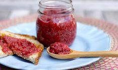 Strawberry chia fridge jam - Kidspot