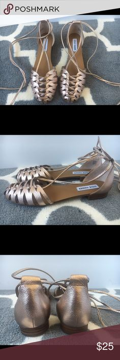 Steve Madden women's wraparound sandals Steve Madden women's wraparound sandals. Size 8. Worn 2 times. Still in great condition. Color is a rose copper. Picked tan because copper not available. Side note: My legs needed a tan ;) But u get the idea. Steve Madden Shoes Sandals
