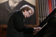 Sergei Redkin plays Johann Sebastian Bach, Franz Schubert / Franz Liszt & Sergei Prokofiev – XV International Tchaikovsky Competition, 2015, Piano / Round 2, First stage