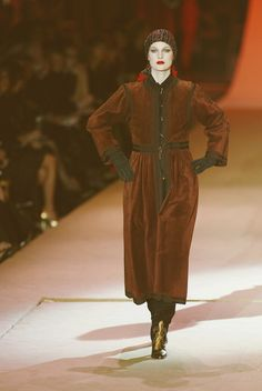 Yves Saint Laurent at Couture Retrospective Spring 2002 ensemble from the F/W 1976 Ballets Russes Collection.