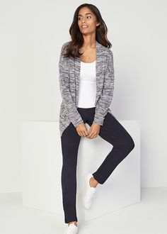 Warm and lightweight, you'll love this knit layer that features long sleeves and pockets. Style Essentials, Fashion Essentials, 30 Years Old, Easy Wear, Fall Winter Outfits, Style Fashion, Girly, Stitch, Knitting