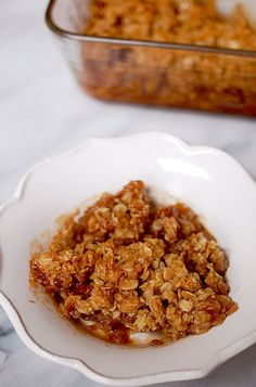 Eva Bakes - There's always room for dessert!: Apple and Asian pear crumble Asian Pear Recipes, Pear Dessert Recipes, Apple Recipes, Delicious Desserts, Jelly Recipes, Apple Desserts, Vegan Desserts, Dessert Ideas, Snack Recipes