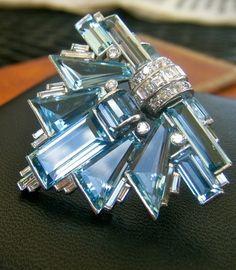 Cartier Diamond & Aquamarine Art Deco Clip