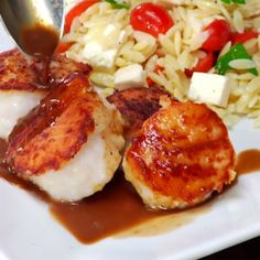 These sea scallops are crisp and glazed outside, then seared to keep tender and moist inside. For a simple meal, serve with orzo tossed with chopped tomato, fet Cooking Light Recipes, Healthy Cooking, Healthy Eating, Healthy Recipes, Easy Cooking, Healthy Food, Fish Dishes, Seafood Dishes, Fish And Seafood