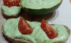 Avokádová pomazánka - Powered by Avocado Egg, Avocado Toast, Guacamole, Appetizers, Eggs, Snacks, Breakfast, Ethnic Recipes, Food
